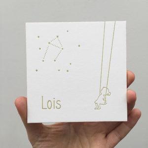 letterpress-geboortekaartje-lois-schommel-diepdruk-swing-sky-girl-meisje-vierkant-lief-relief-goud-roze-amsterdam-silhouet