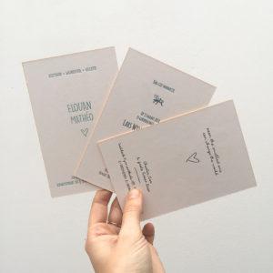 letterpress-geboortekaartje-voetafdruk-voetprint-babyvoetje-baby-afdrukje-relief-diepdruk-amsterdam-ware-grootte-karton-diepdruk
