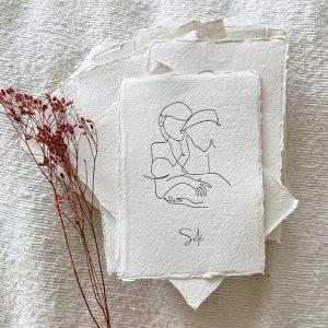 letterpress-geboortekaartje-tekening-illustratie-moeder-kind-vader-schets-geschept-lijntekening-simpel-eenvoud-uniek-Solé