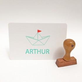 Geboortekaartje-letterpress-Arthur-bootje-voorkant-mintgroen-fluororanje